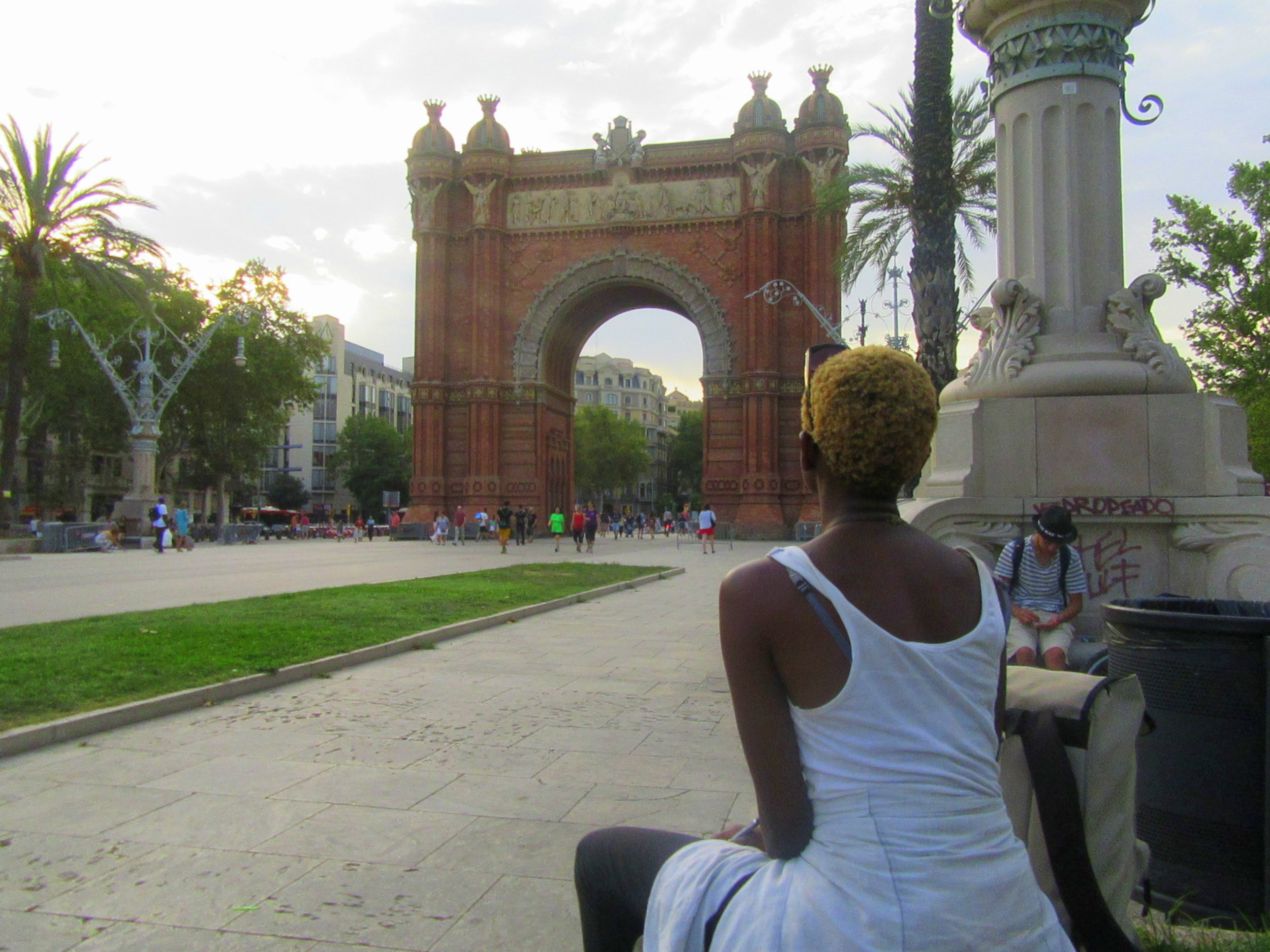 arc de triomph barcelona travel frame ambition