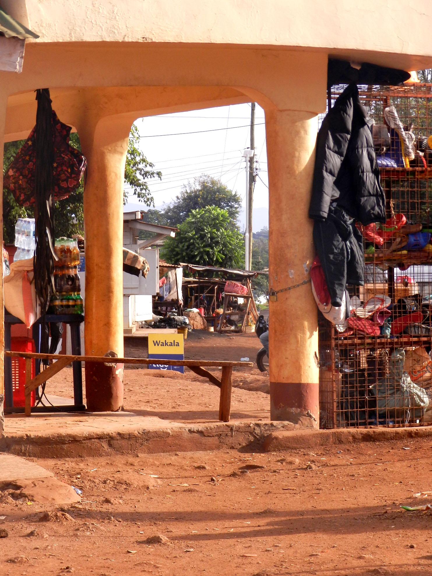 moshi_market_scene.jpg