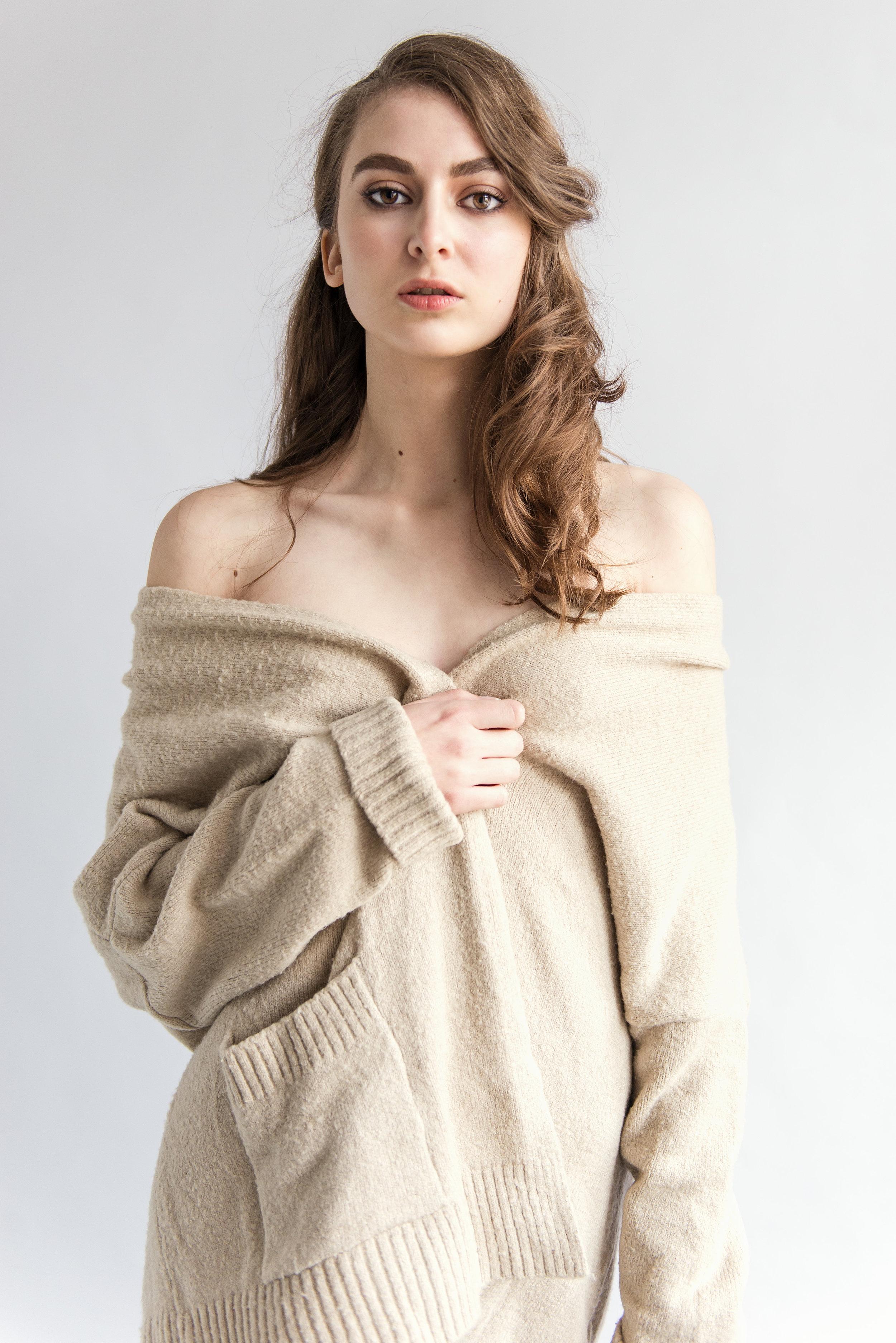 test_Karolina_RAVEN_Models_12_by_Szymon_Ratajczyk.jpg