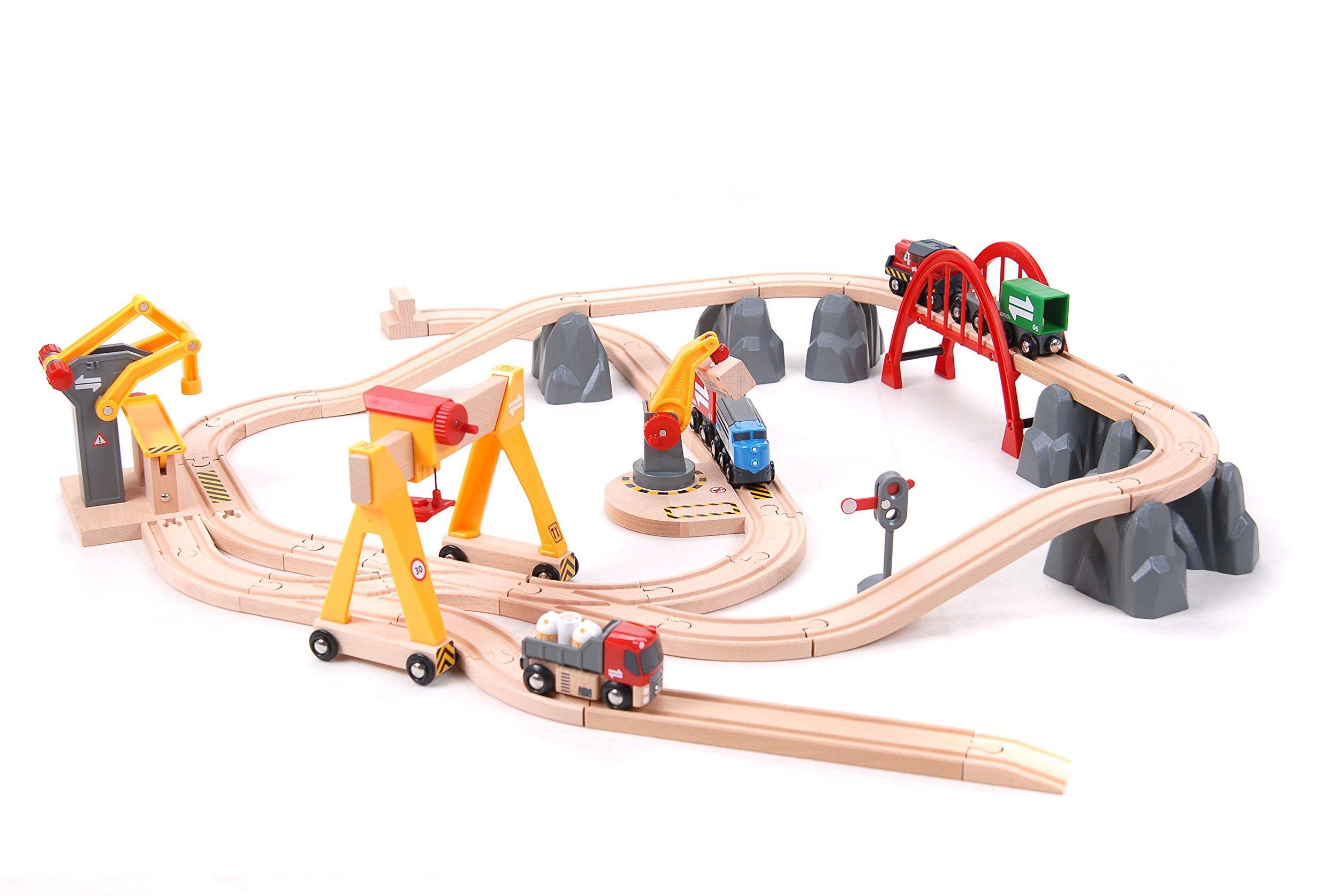 brio cargo railway deluxe.jpg