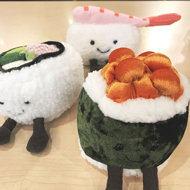 Could they be any cuter? 🍣 . . . #jellycat #portlandoregon #pdxkids #pdxmom #hawthorneblvd #hawthornepdx #sushi #nigiri