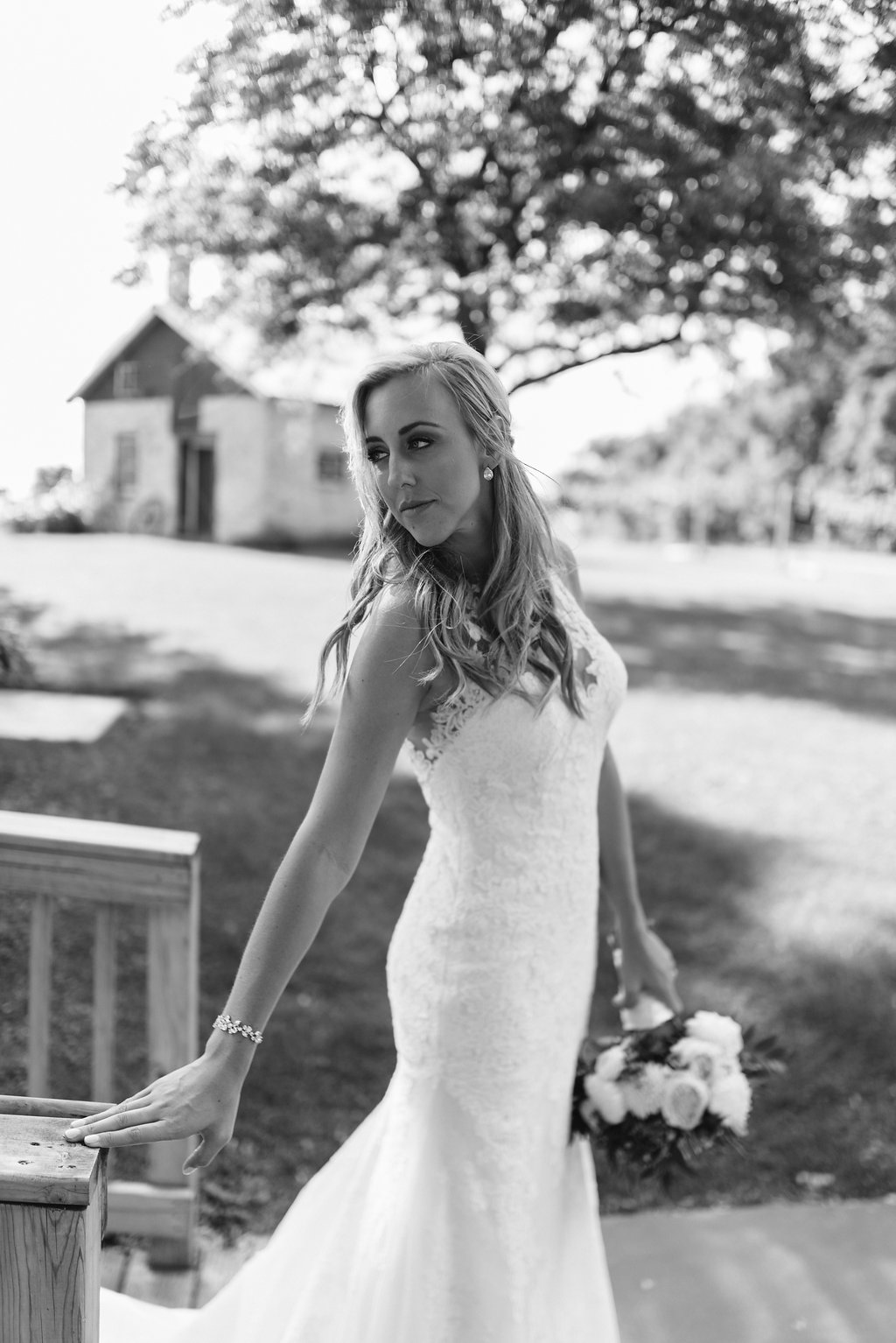 OVER-THE-VINES-WEDDING-PHOTOGRAPHY-BY-MEGAN-SAUL-PHOTOGRAPHY-FIRST-LOOK-AND-PORTRAITS(300of317).jpg
