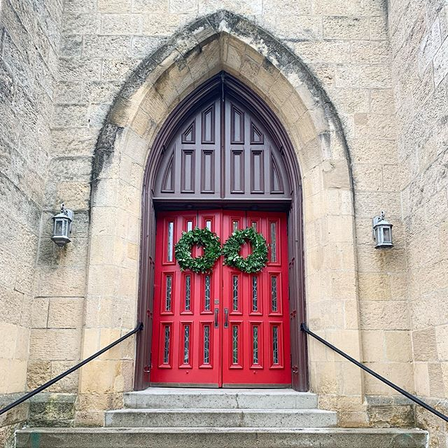 We had our first chance at working with the iconic red doors of Grace Episcopal and the stunning architecture of the Overture Center this past weekend.  It's funny: when a couple's style blends so perfectly with the classic styles of the venues, the day unfolds so harmoniously you hardly recall what the place looked like without the wedding details.  We cannot WAIT to share more from L&A's day with you. Until then, let's give some love to these gorgeous doors!
