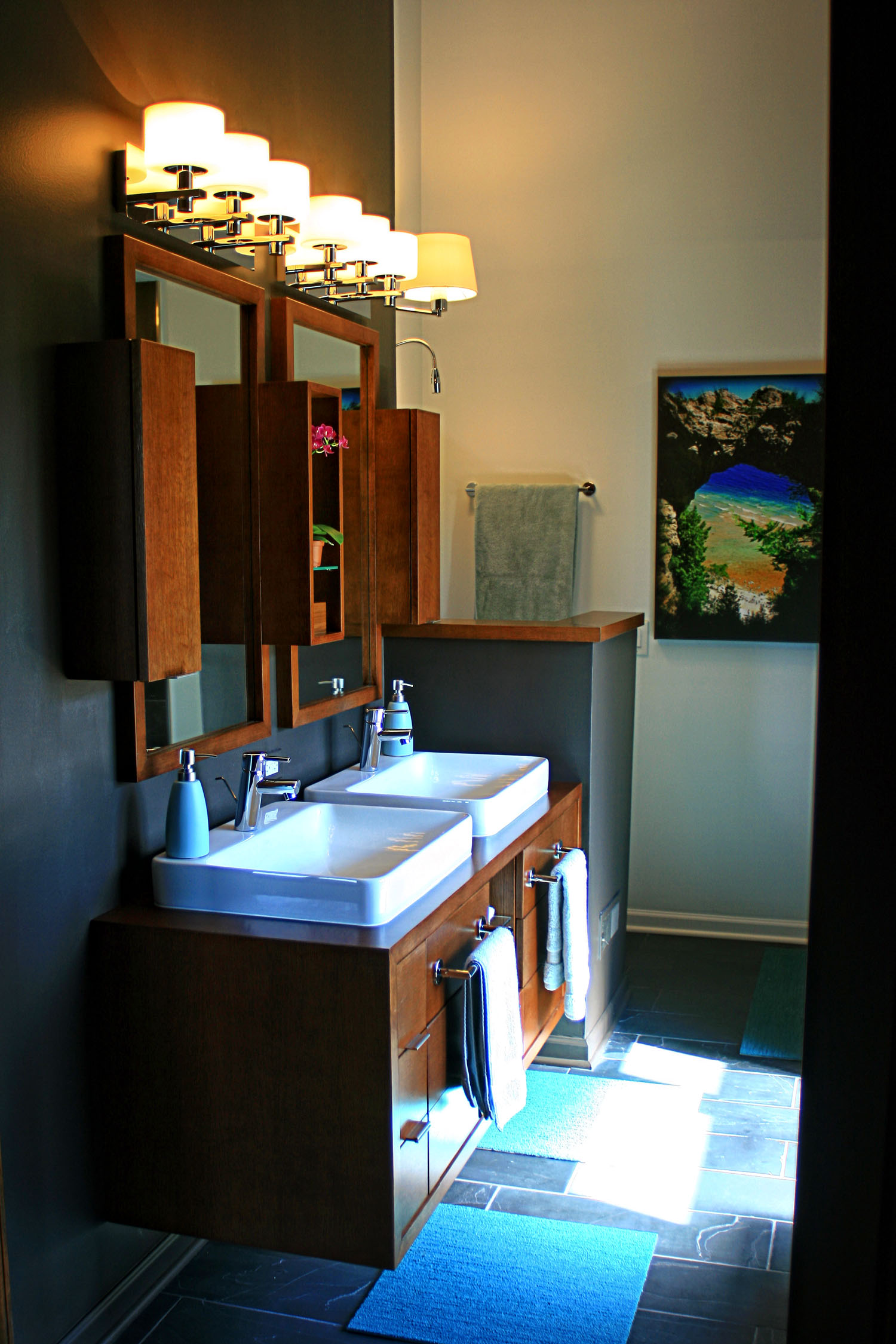 5 masterbath entry view of wall mount vanity.jpg