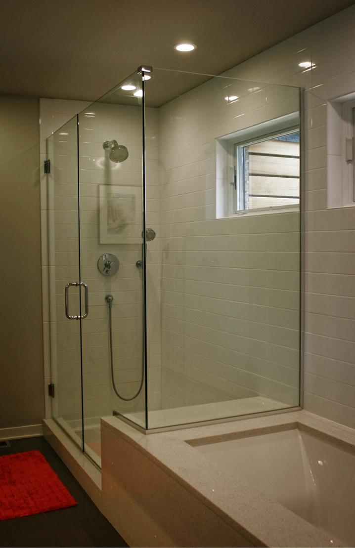 midmod-bath2.jpg