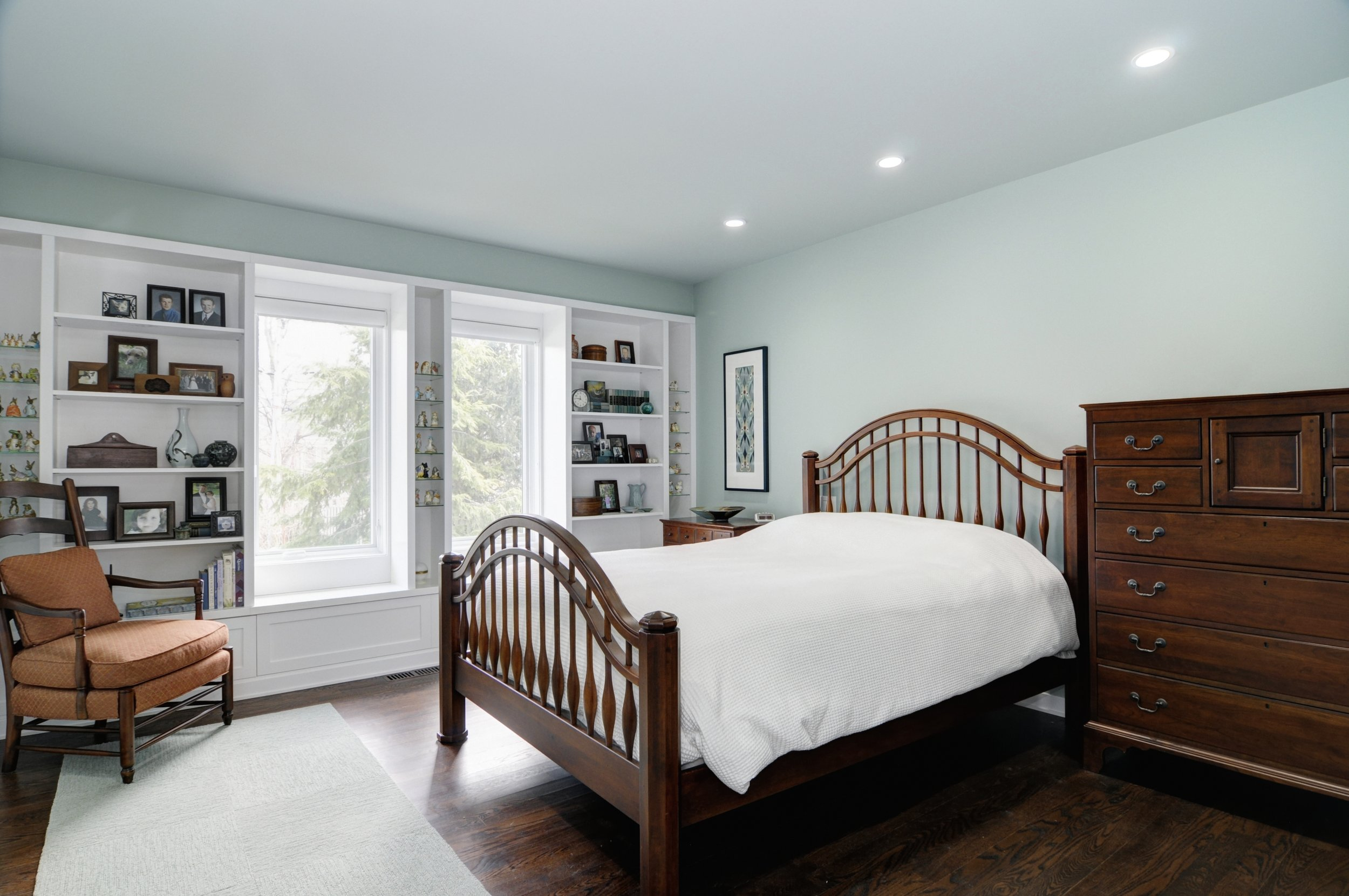 modern ranch master bed 1.jpg