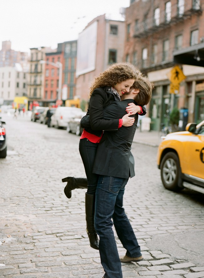 03-nyc-engagement-photo.jpg