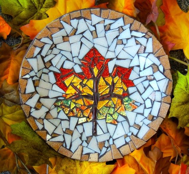 mosaic fall leaf plate.jpg