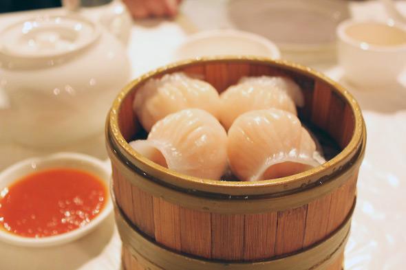 http://www.blogto.com/restaurants/rolsan