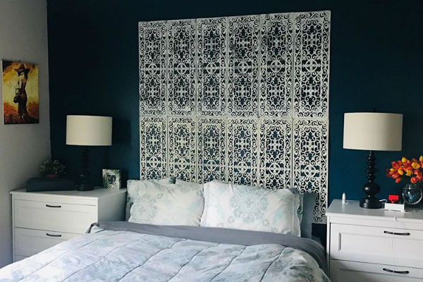 Take it from  @mochipicache , you can create an accent wall and a stunning headboard using rubber stair maps. Who would've thought?!