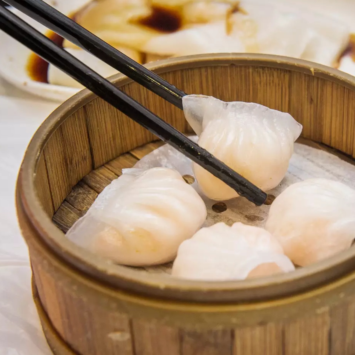 Rol San - Steamed buns. Dumplings. Spring rolls. Need we say more? For some reason, a bountiful assortment of dim sum just screams festive feast. No wonder it's a favourite of Toronto Raptor (and Endy sleeper) Serge Ibaka.323 Spadina Ave.