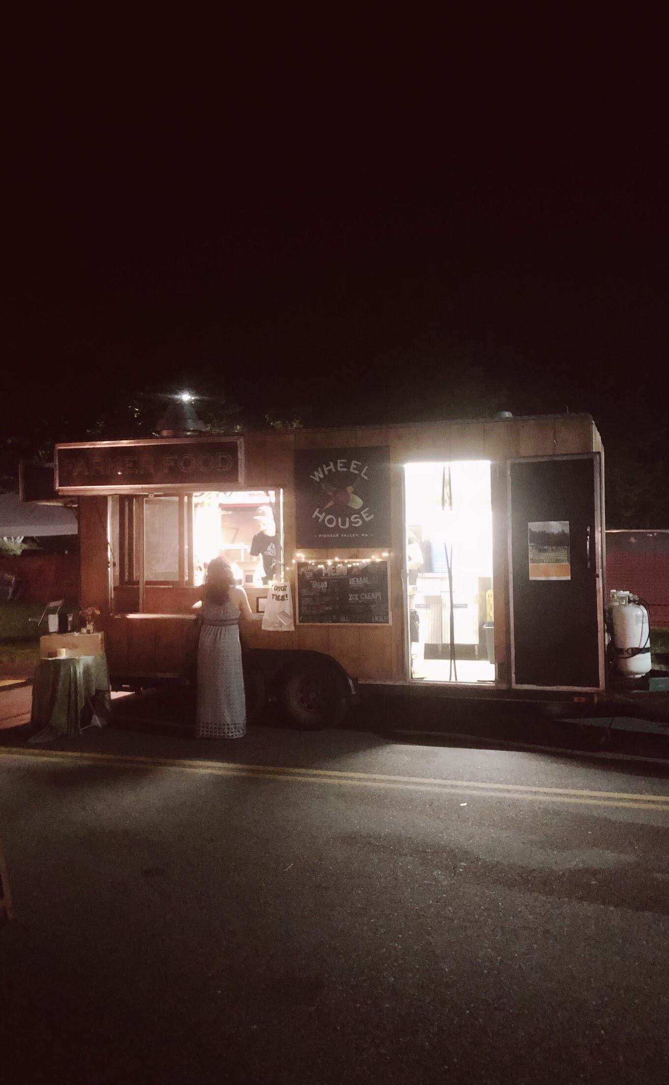 green river food truck.JPG