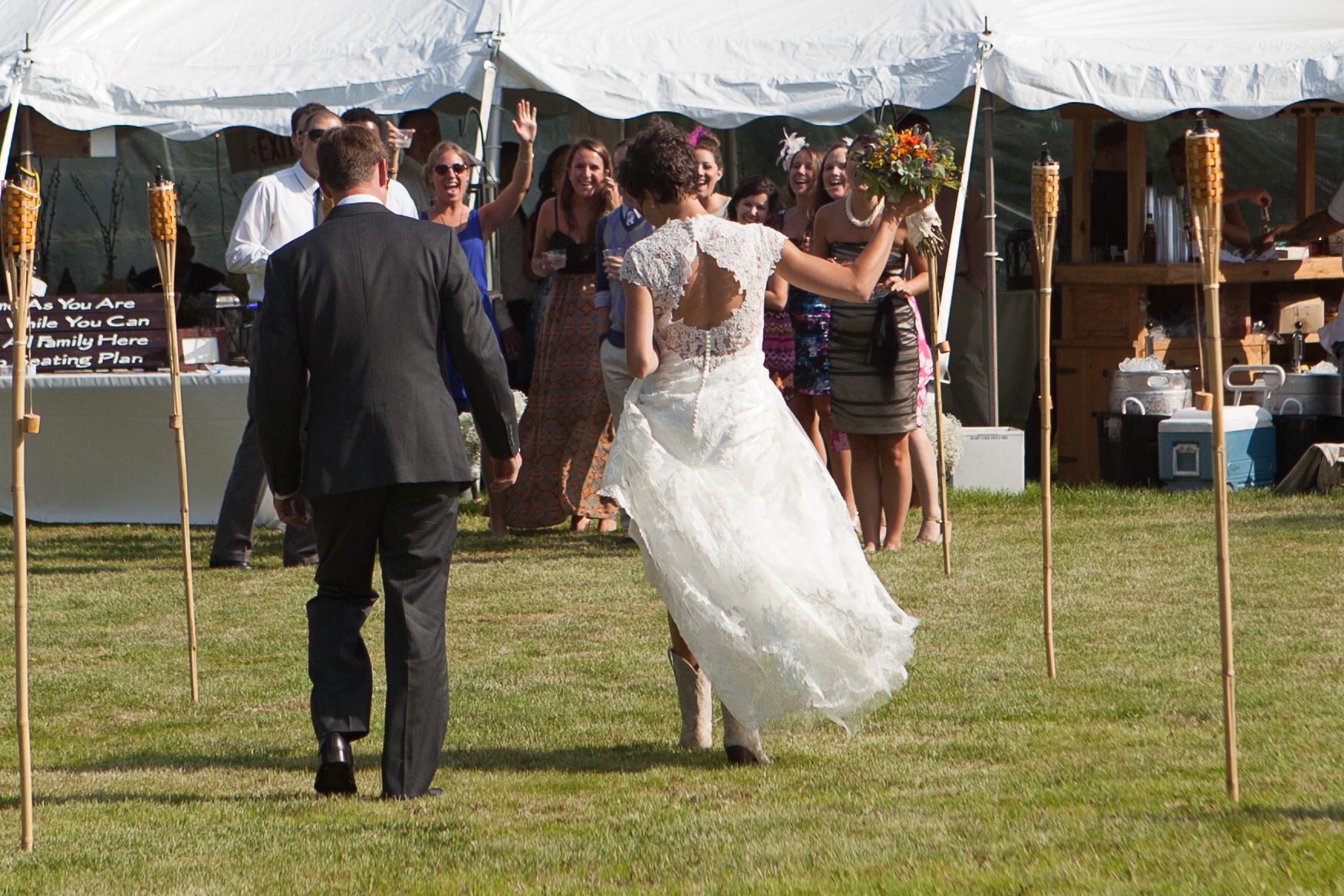 Tara wedding 063.jpg