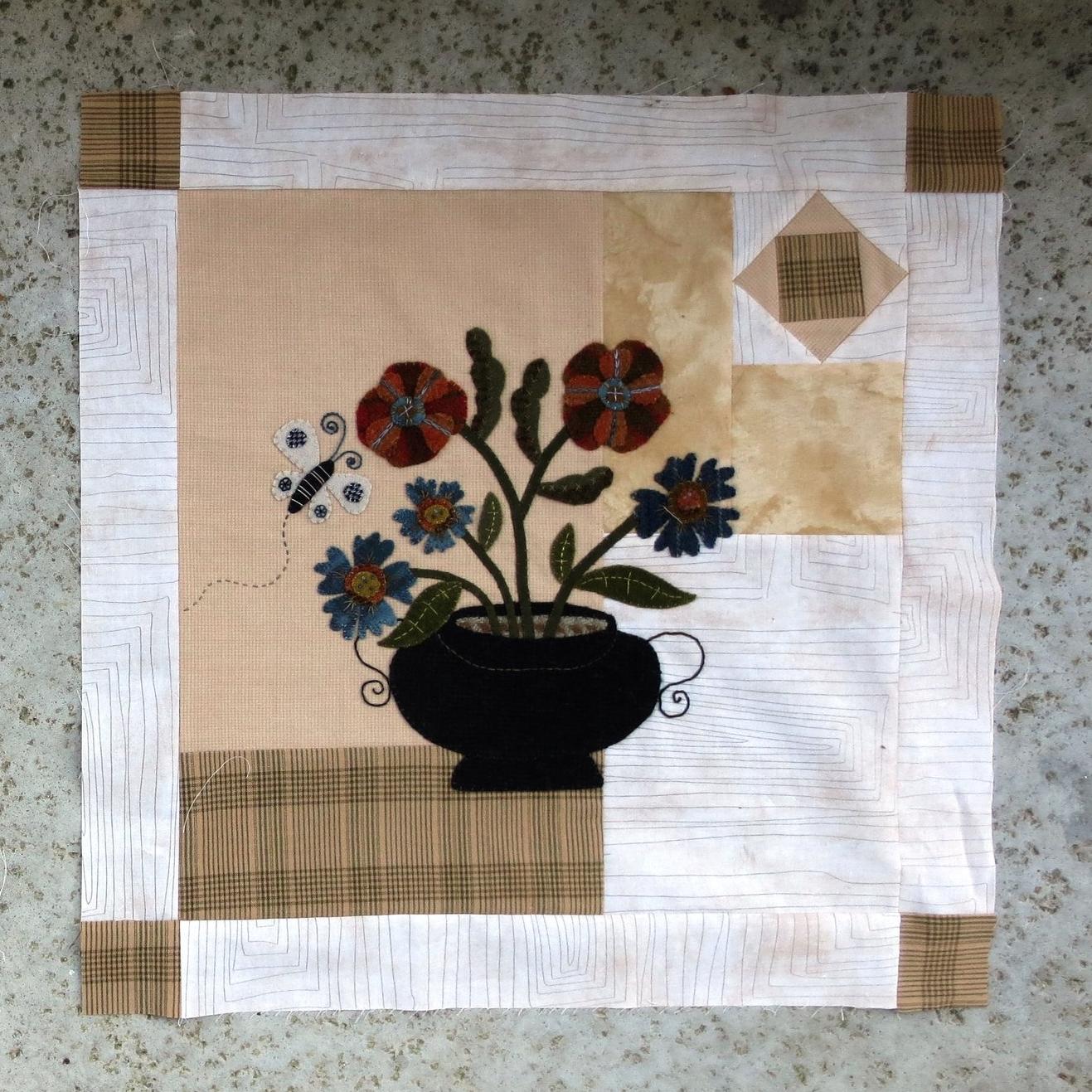 Flowers From My Garden Sashing and Corner Blocks3.jpg