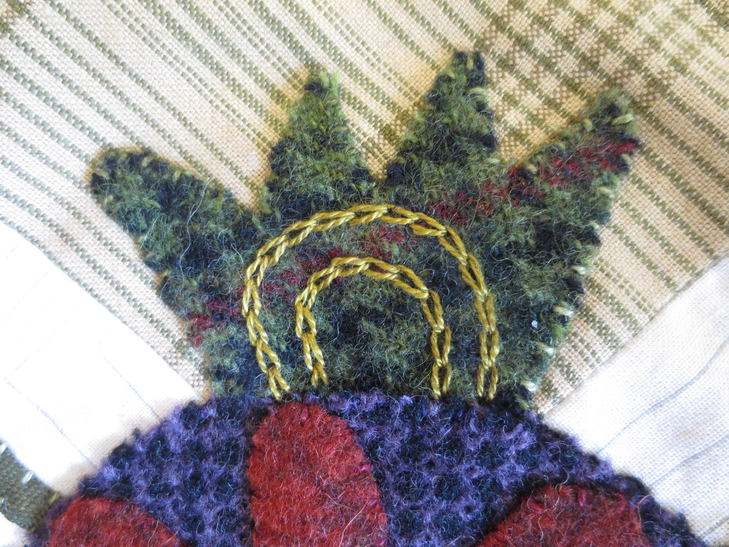 Flowers From My Garden Center Applique chain stitch7.jpg