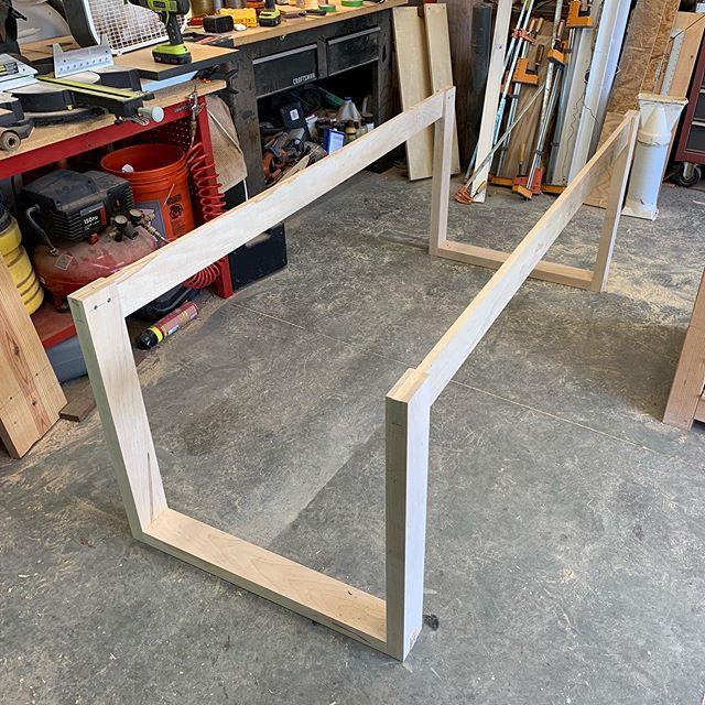 Table base!