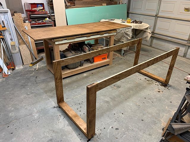 How 'bout that stained maple? The maple took this stain very well and I'm actually really pleased with it. Maybe staining isn't so bad after all. . .  #woodworking #handmade #handcrafted #custombuilt #yeahthatgreenville #woodshop #workshop #sheffieldwoodshop #maple #maplehardwood #hardwood #diningtable #handmadediningtable #handcrafteddiningtable #hardwork #hustle #mapletable #maplediningtable #minwaxstain #earlyamericanstain #minwaxearlyamerican