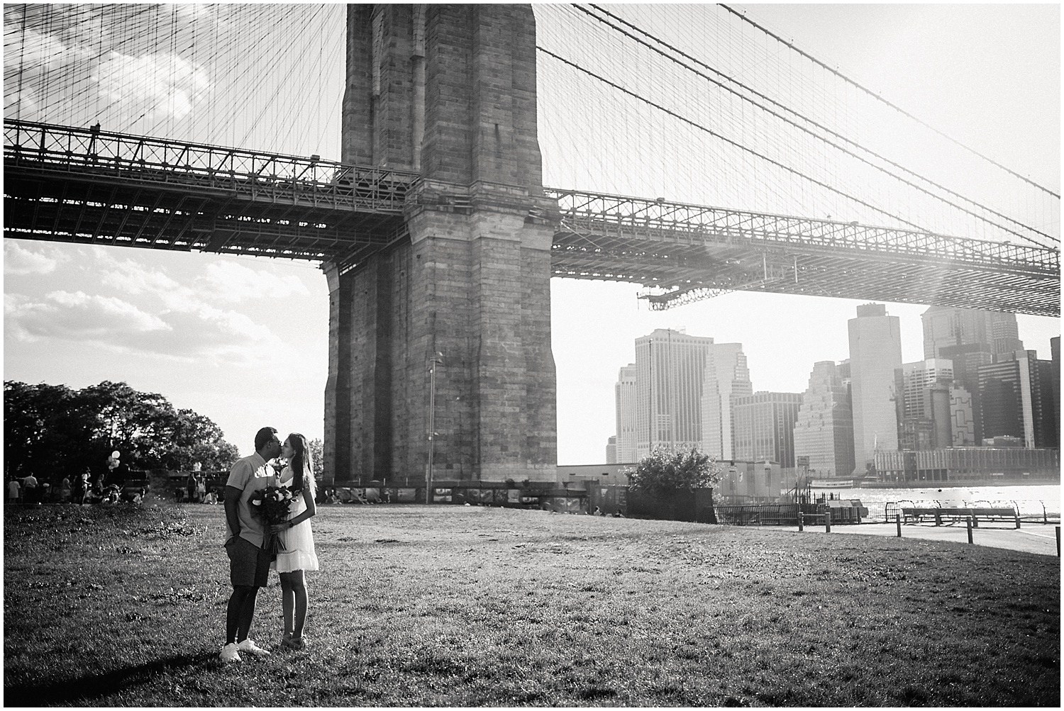 DUMBO-NYC-Engagement-Session_0015.jpg