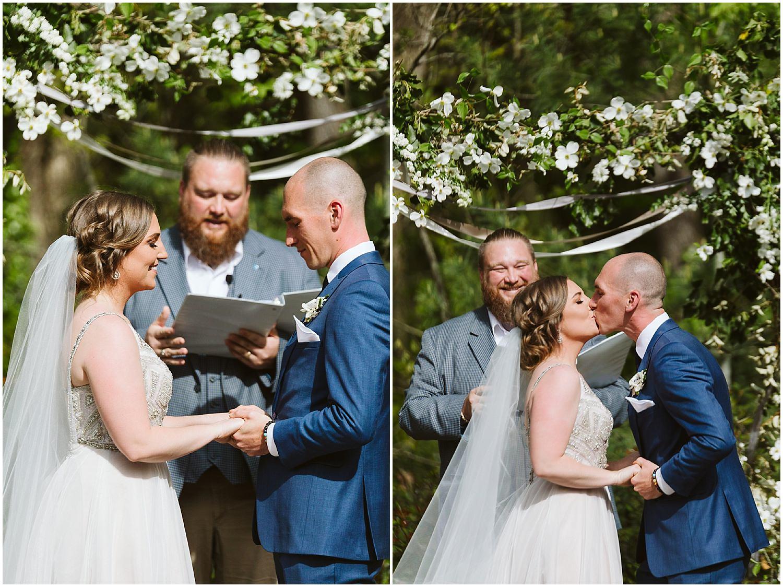 RT lodge spring wedding ceremony