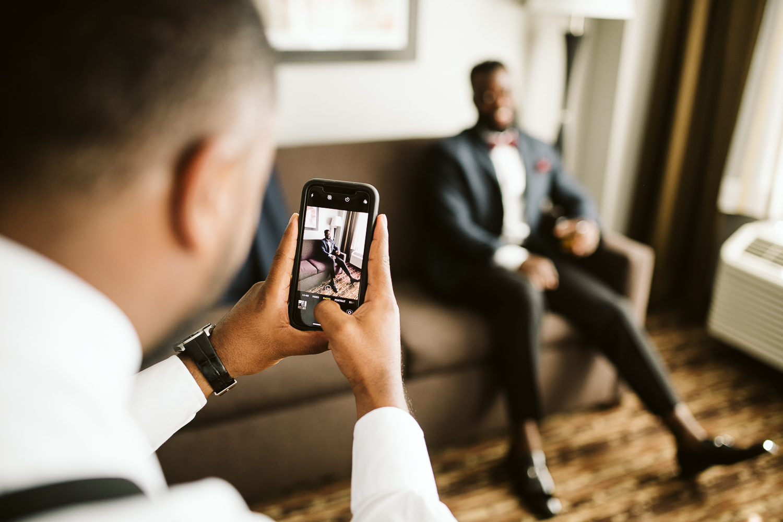 groom getting ready for dc wedding