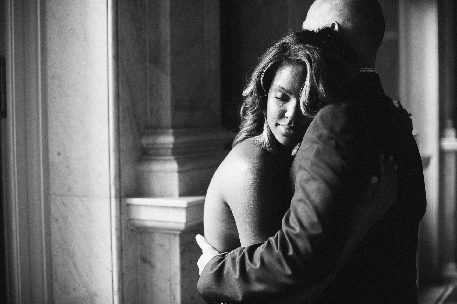 emotional black and white engagement session at the library of congress