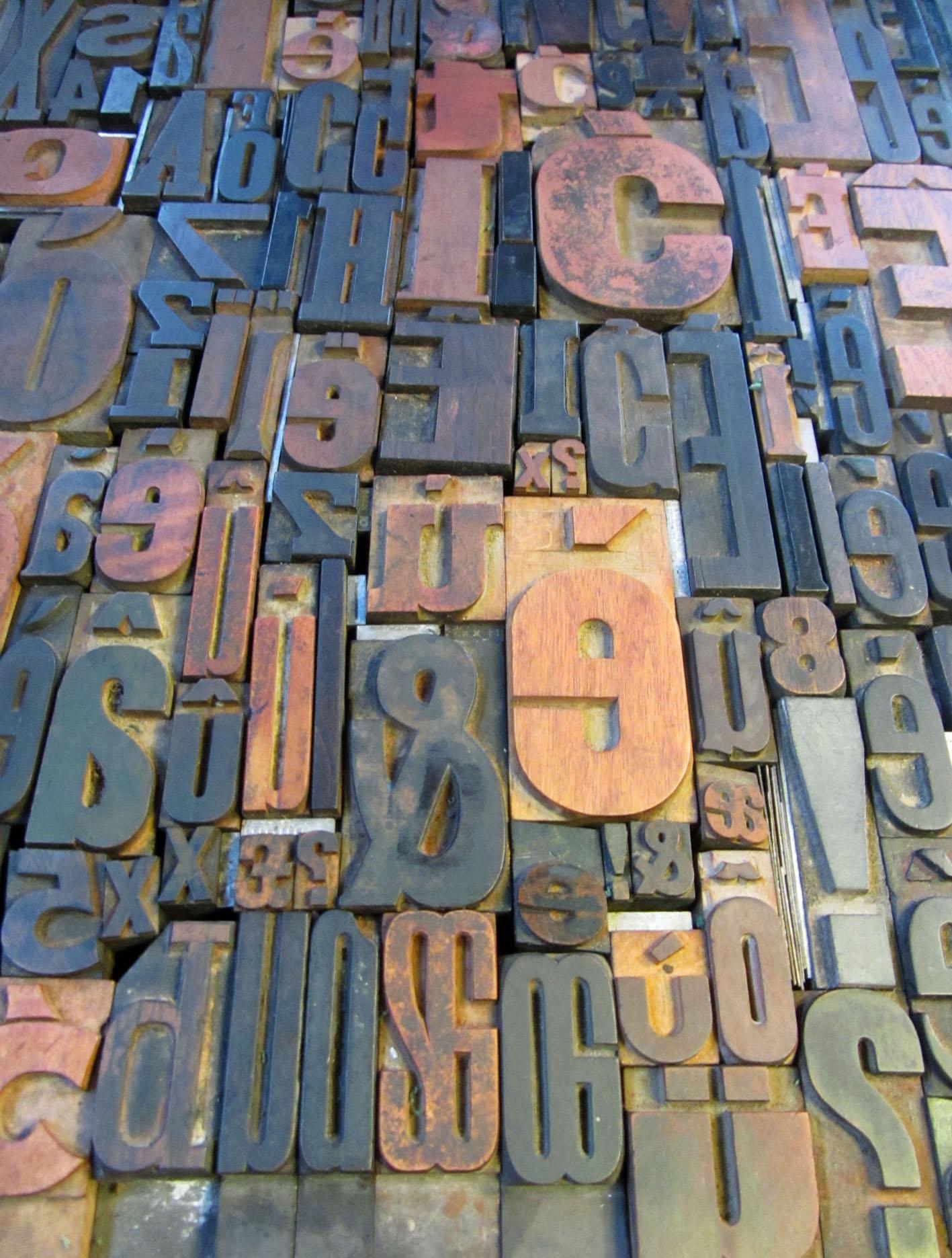 woodtypelockup.jpg
