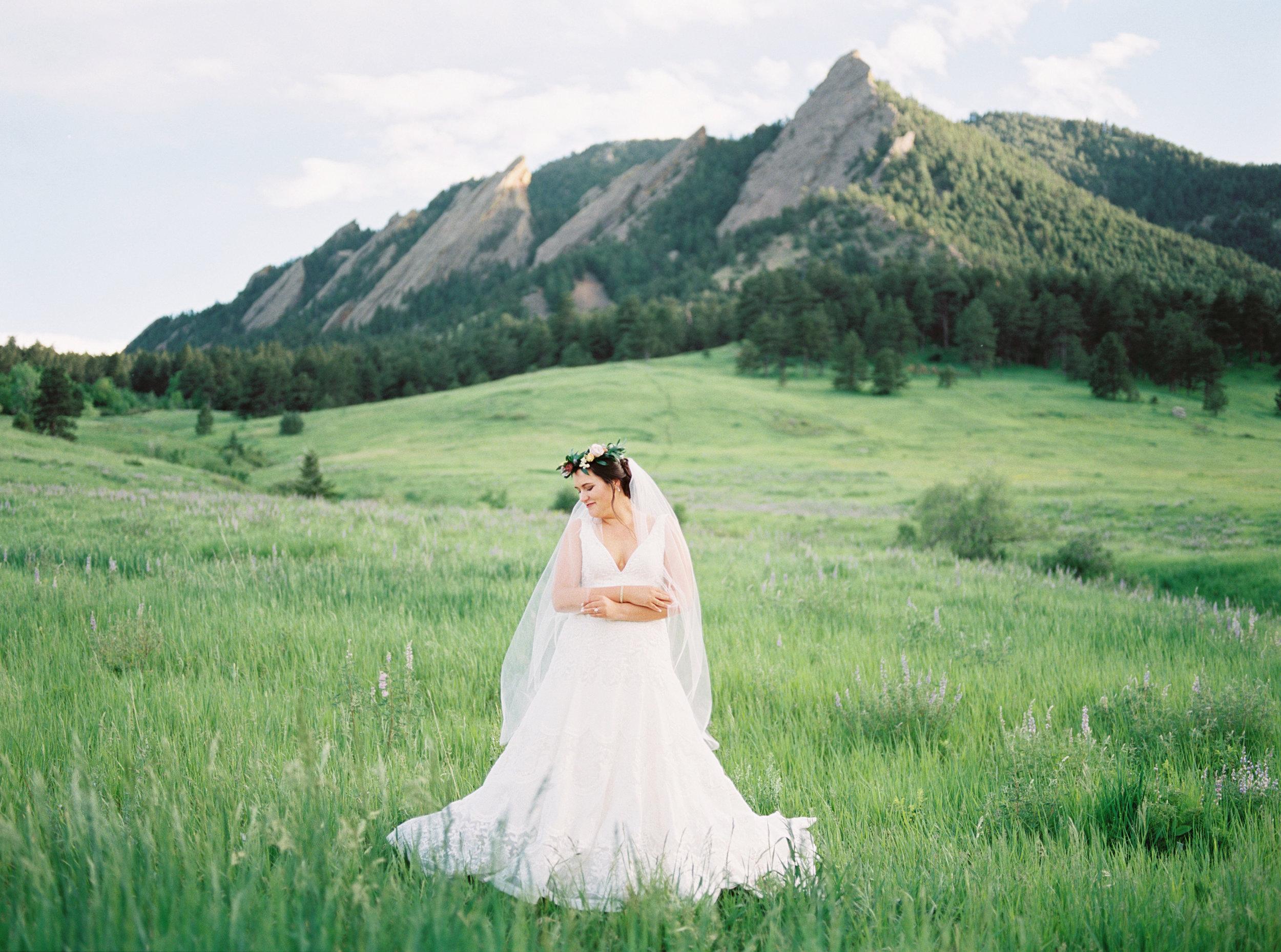 Traditional Bridal Portraits by Film Photographer Tara Bielecki in Boulder, Colorado