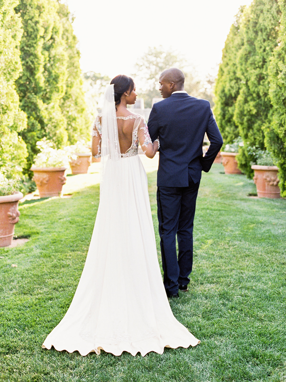 Tara Bielecki Photography - Denver Botanic Garden Wedding featured on Style Me Pretty