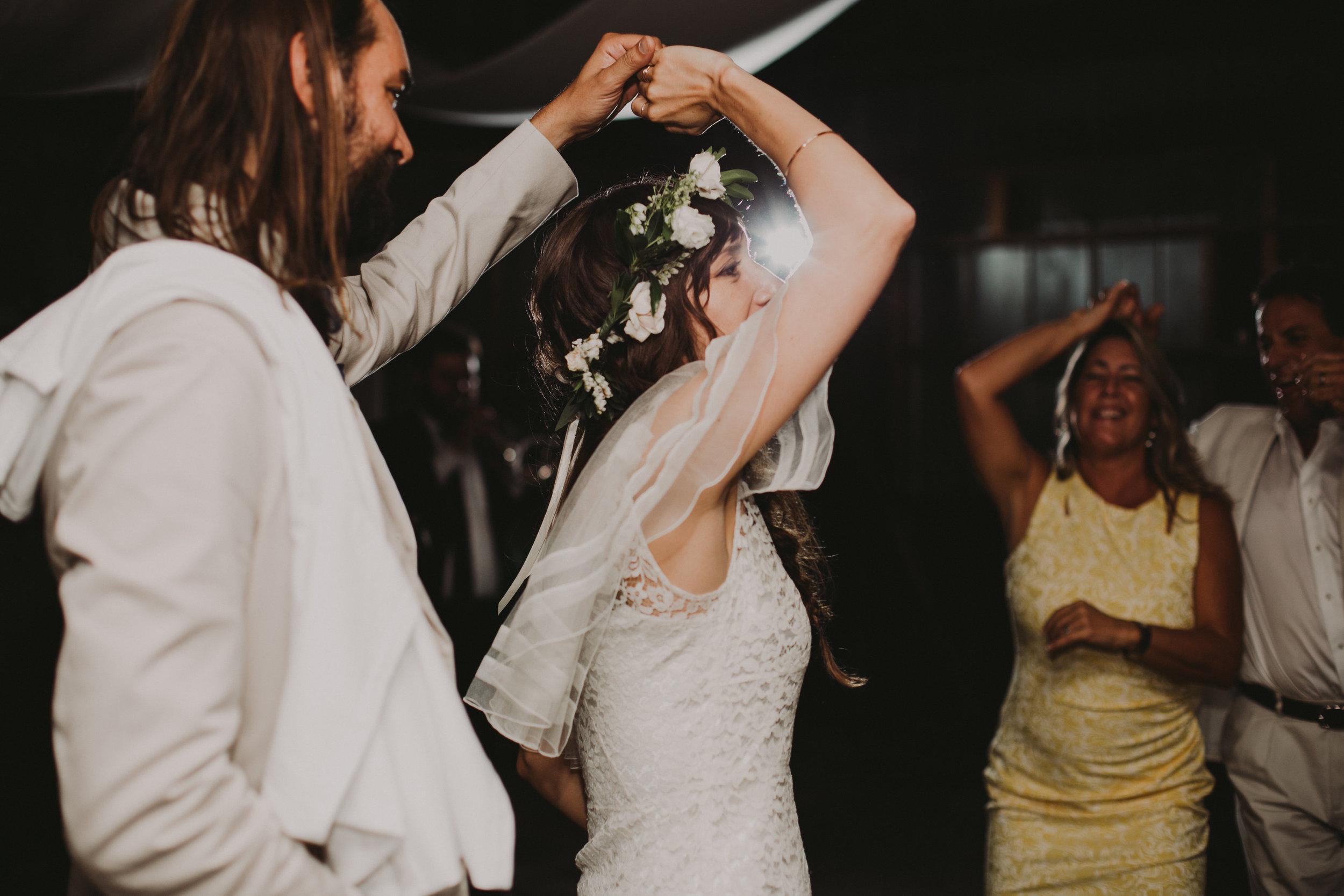LIBERTY_VIEW_FARM_HIGHLAND_NY_WEDDING_CHELLISE_MICHAEL_PHOTOGRAPHY888.JPG