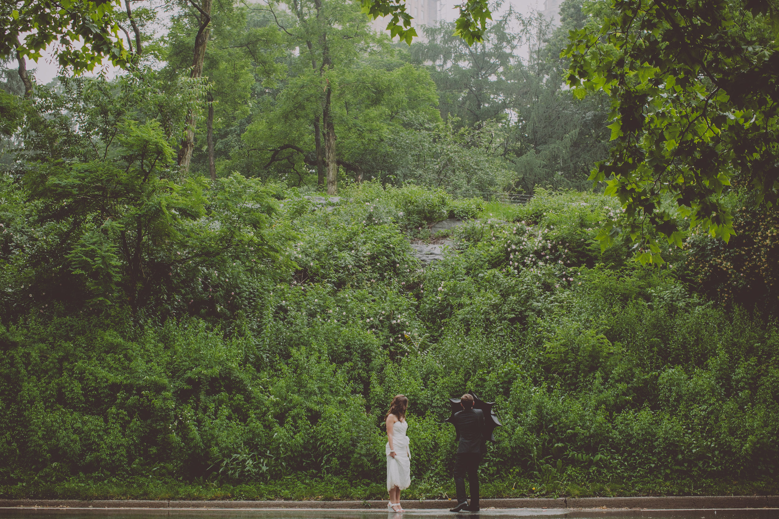 Central_Park_Rainy_Wedding_NYC_E438lopement.JPG