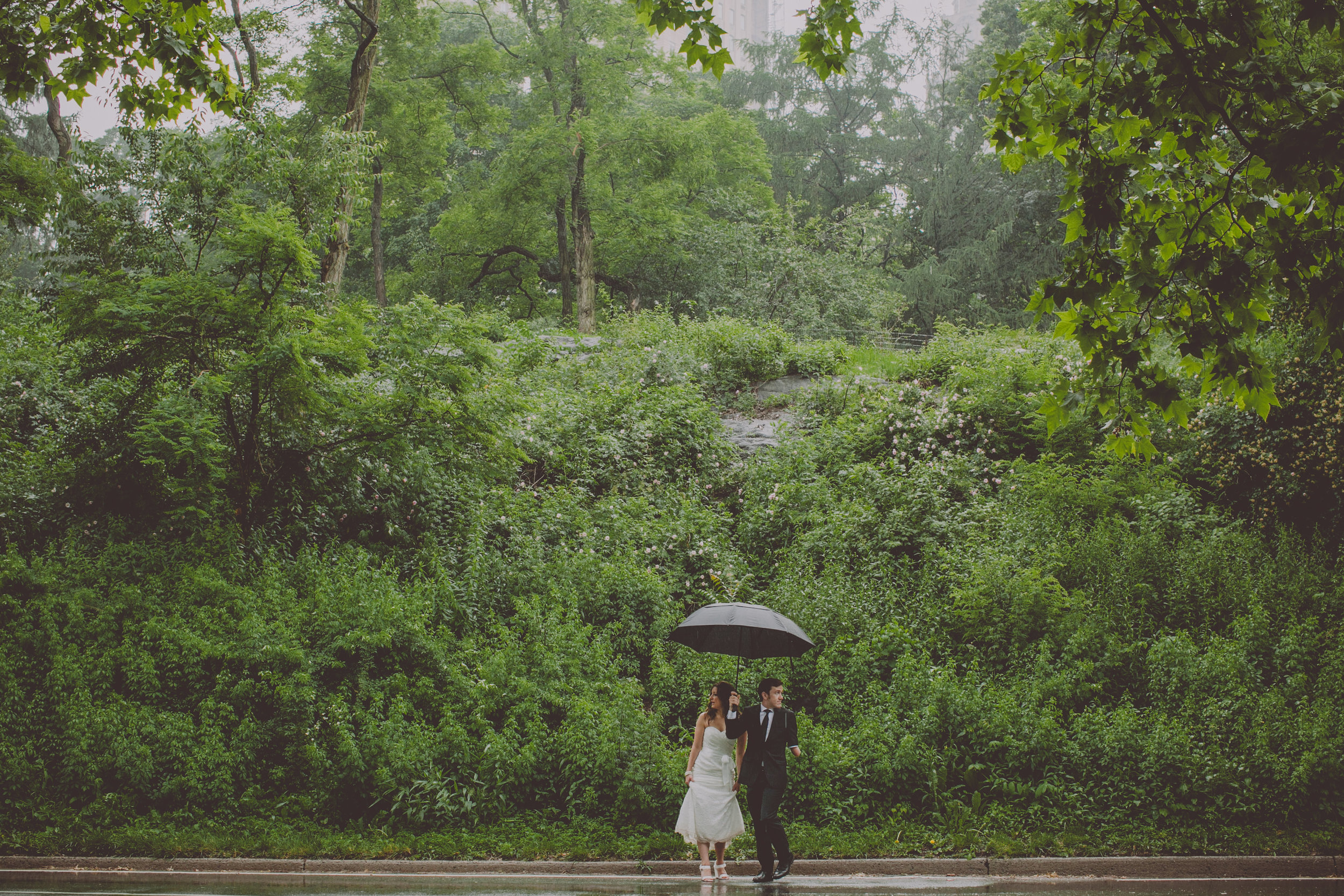 Central_Park_Rainy_Wedding_NYC_E440lopement.JPG
