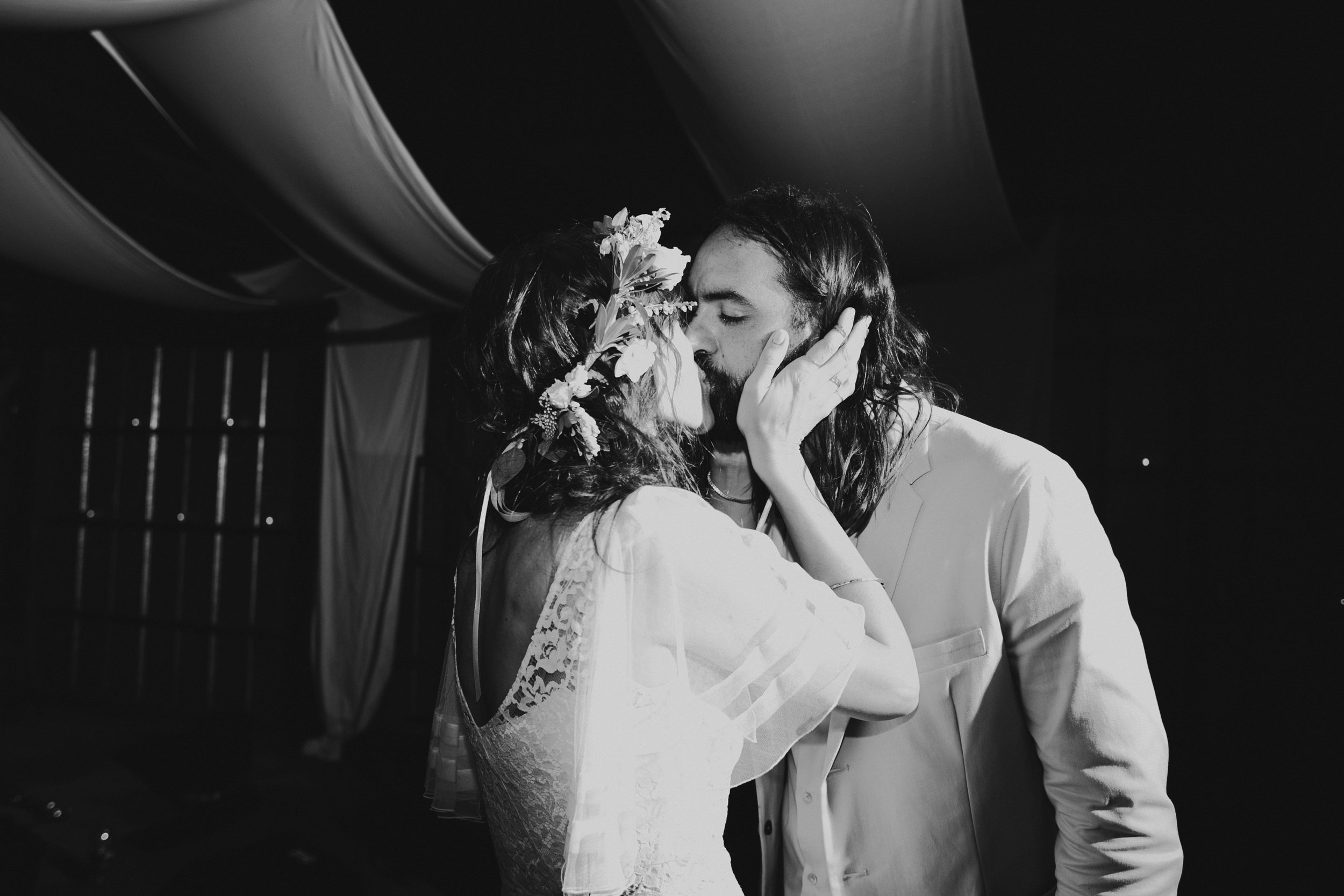 LIBERTY_VIEW_FARM_HIGHLAND_NY_WEDDING_CHELLISE_MICHAEL_PHOTOGRAPHY941.JPG