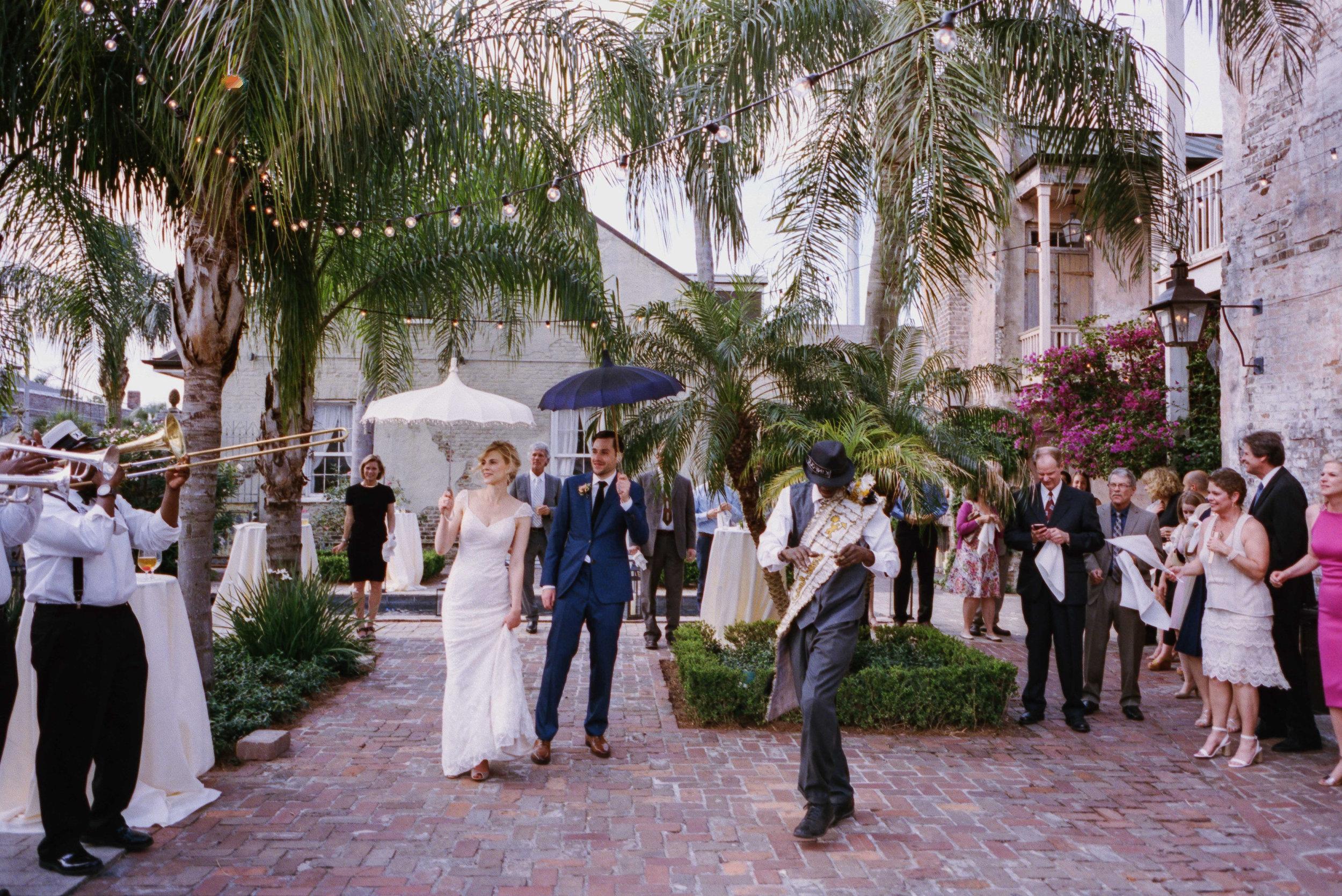 portra_400_film_wedding_chellise_michael_photography-16.jpg