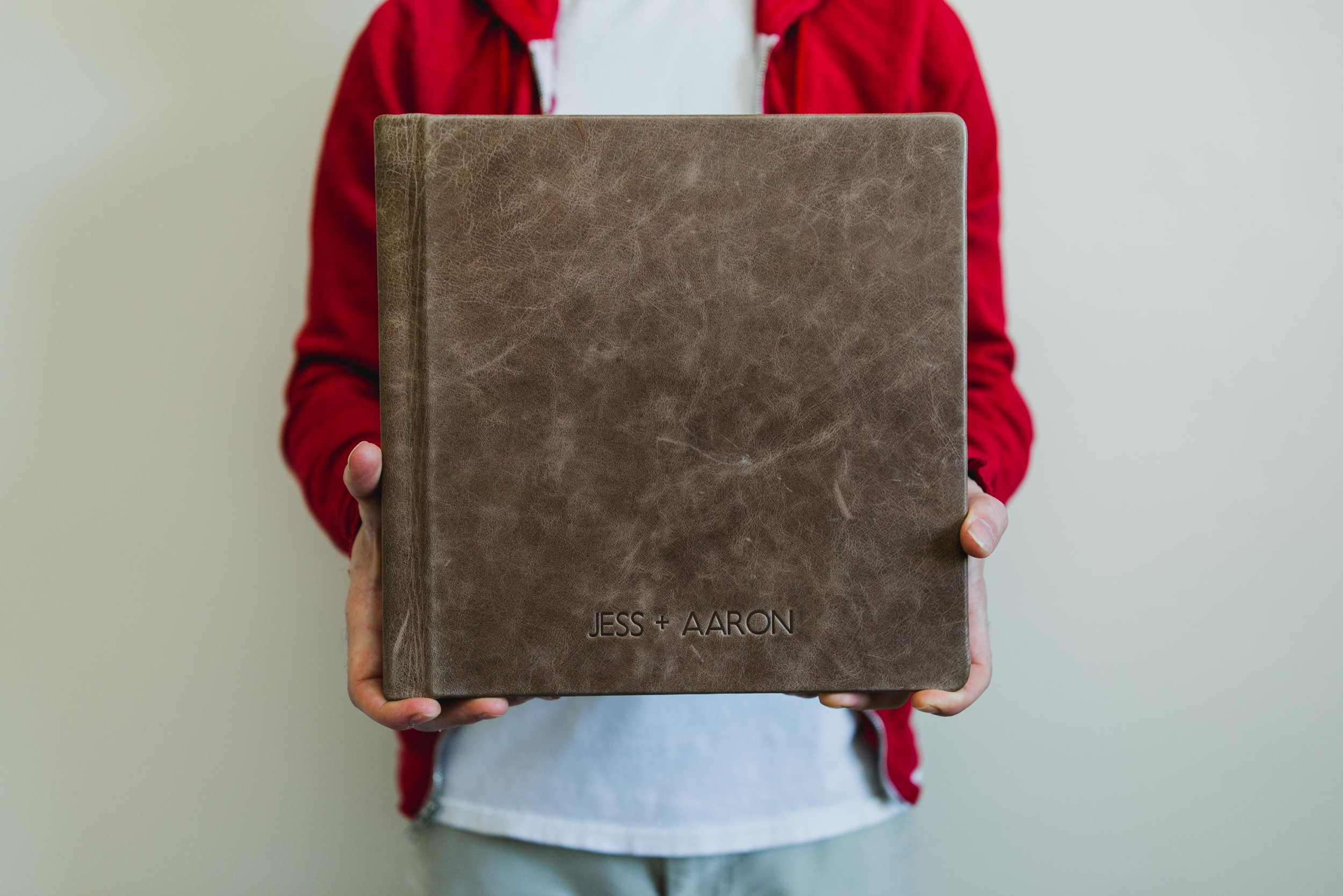10x10 Vintage Brownstone Distressed Leather with Geo Font