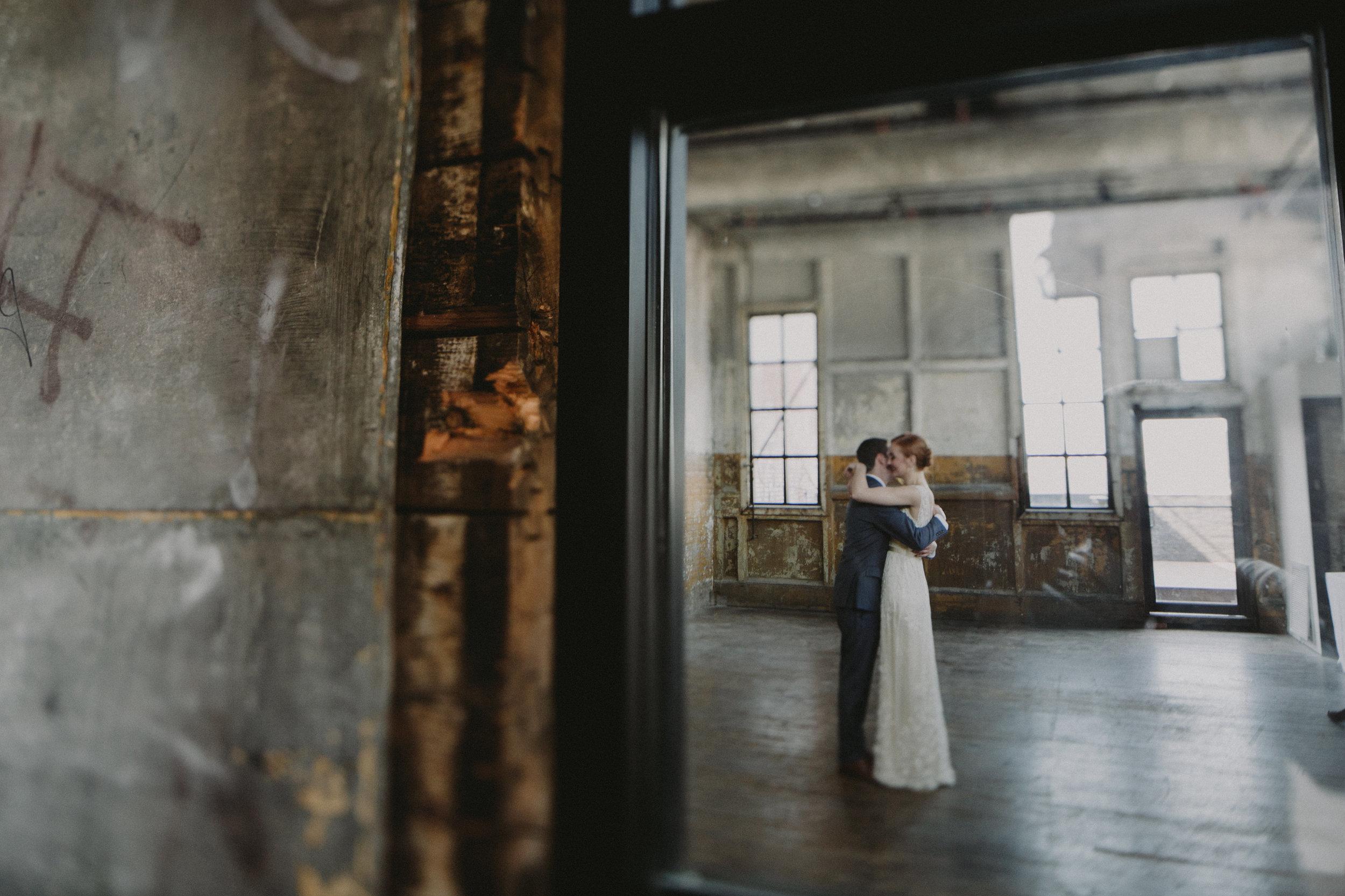 greenpoint-loft-wedding-brooklyn-wedding_chellise_michael_photography