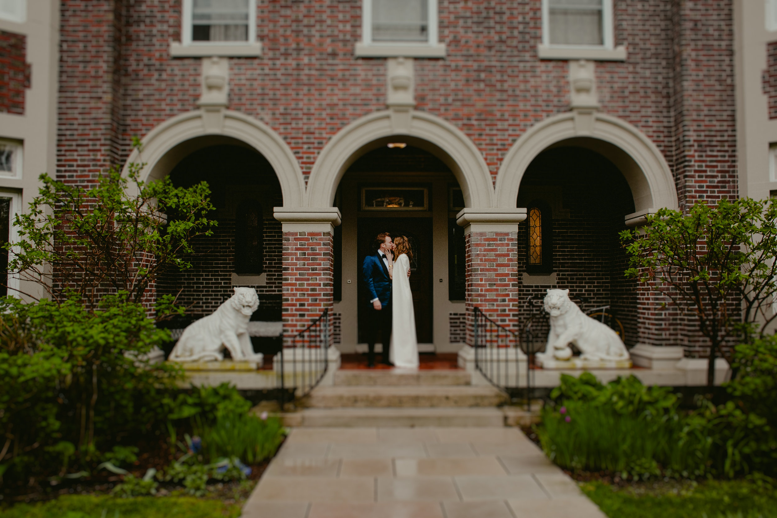 Tiger_House_The_Inn_at_Hudson-Wedding_Chellise_Michael_Photography-313.jpg