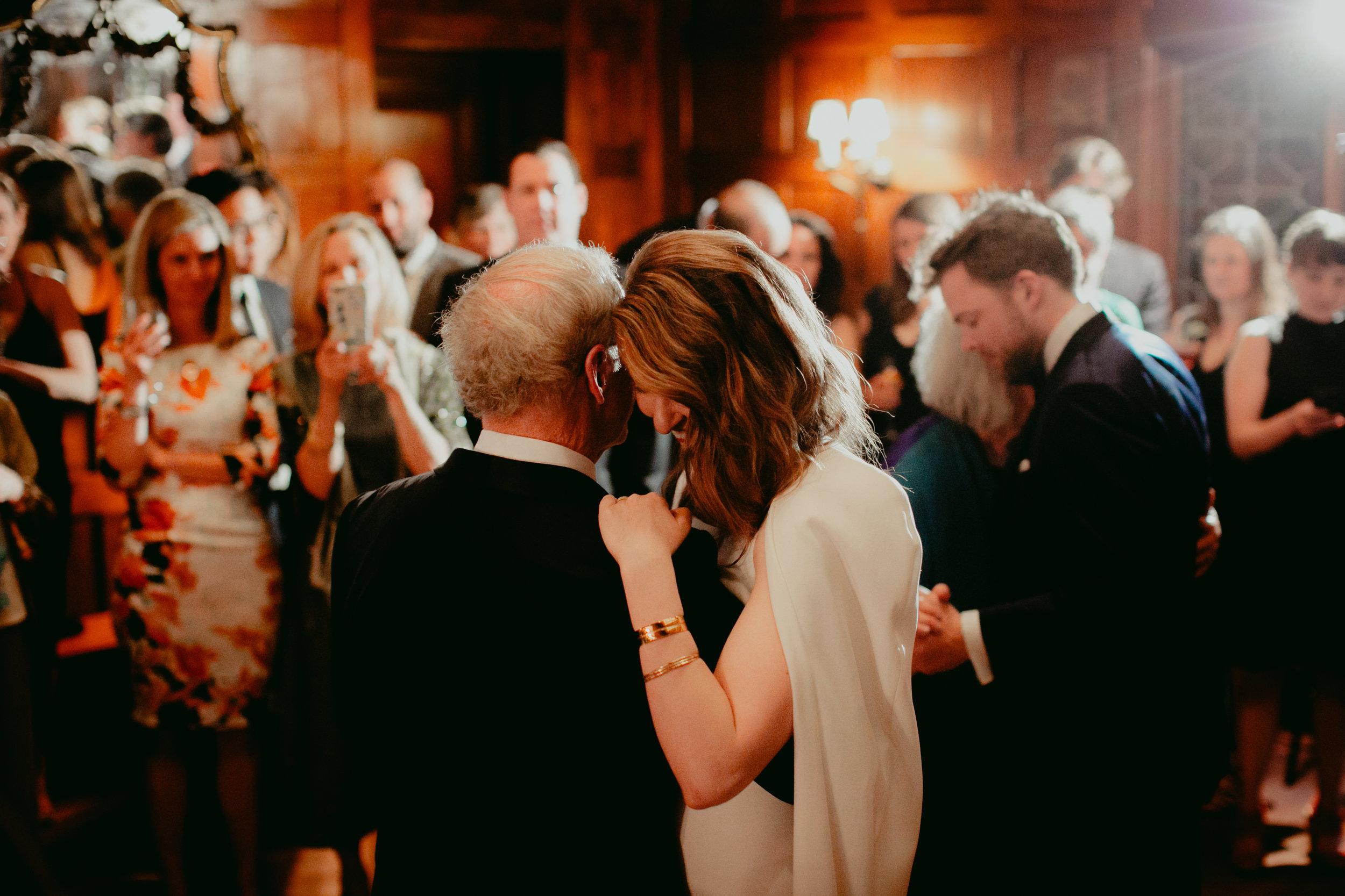 Tiger_House_The_Inn_at_Hudson-Wedding_Chellise_Michael_Photography-405.jpg