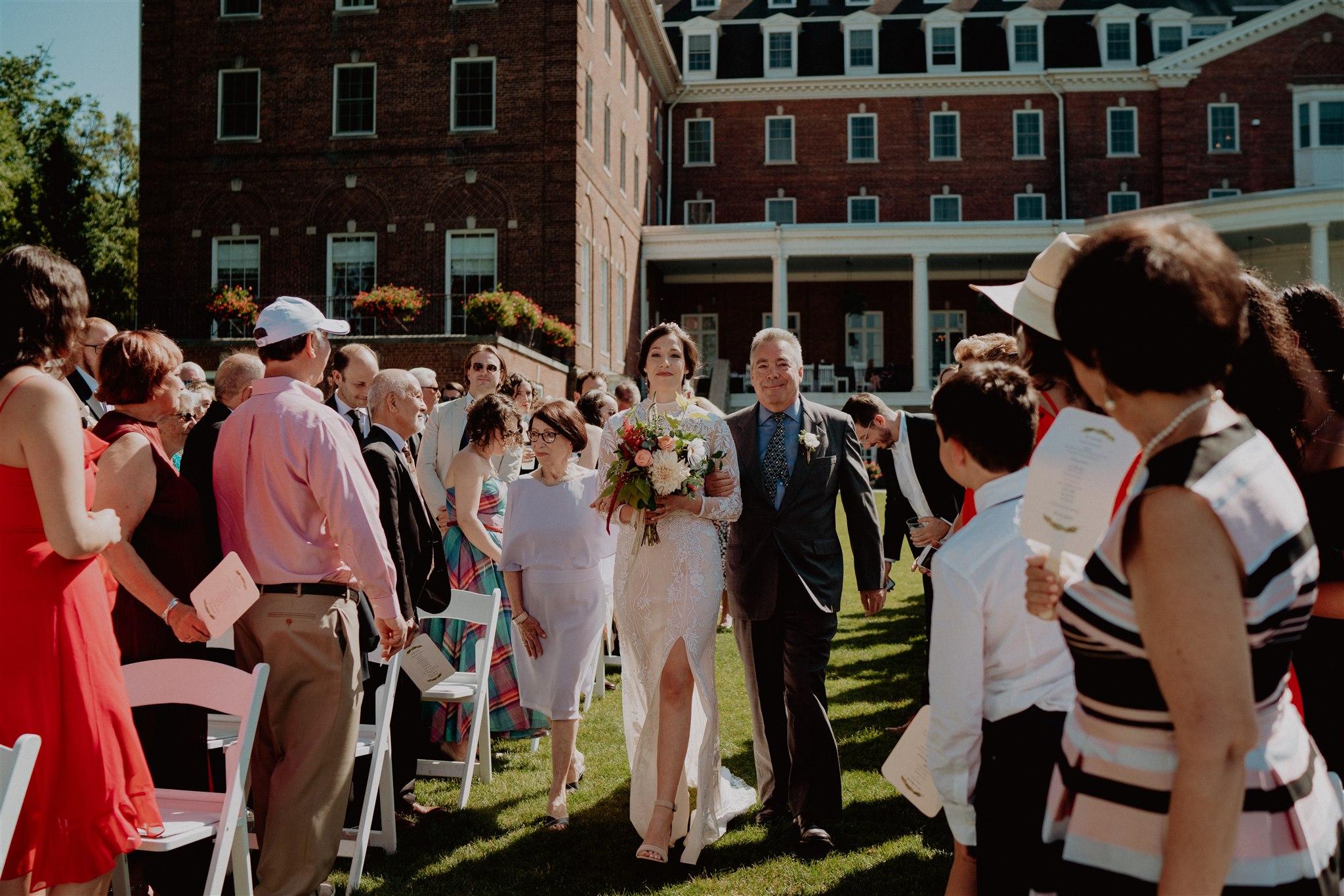 Chellise_Michael_Photography_Hudson_Valley_Wedding_Photographer_Otesaga_Hotel-3054.jpg