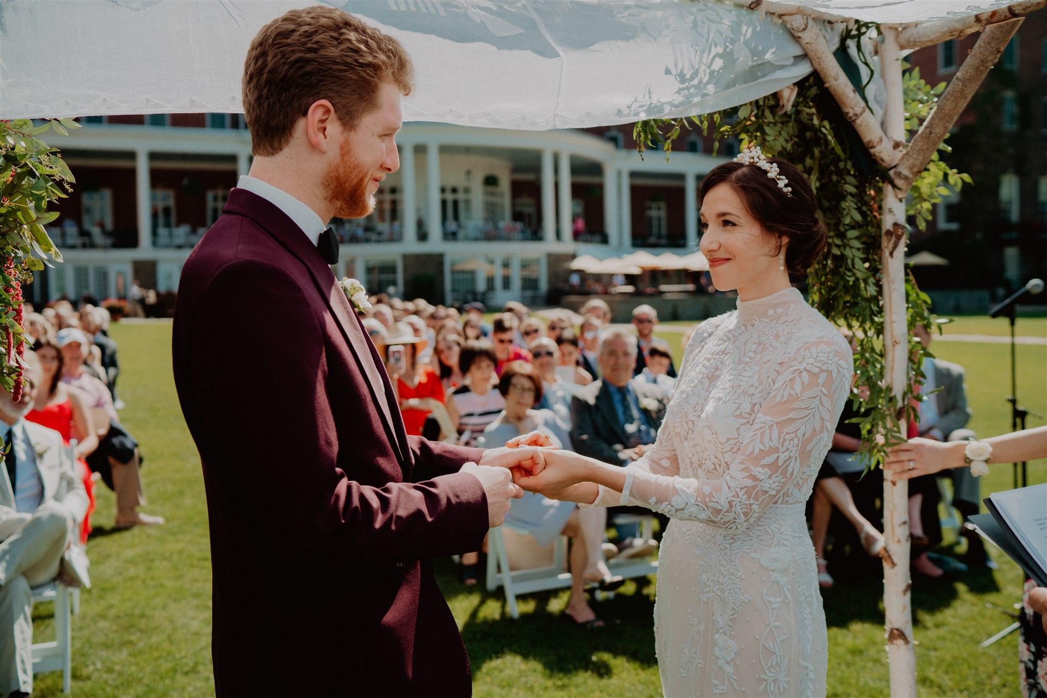Chellise_Michael_Photography_Hudson_Valley_Wedding_Photographer_Otesaga_Hotel-3129.jpg