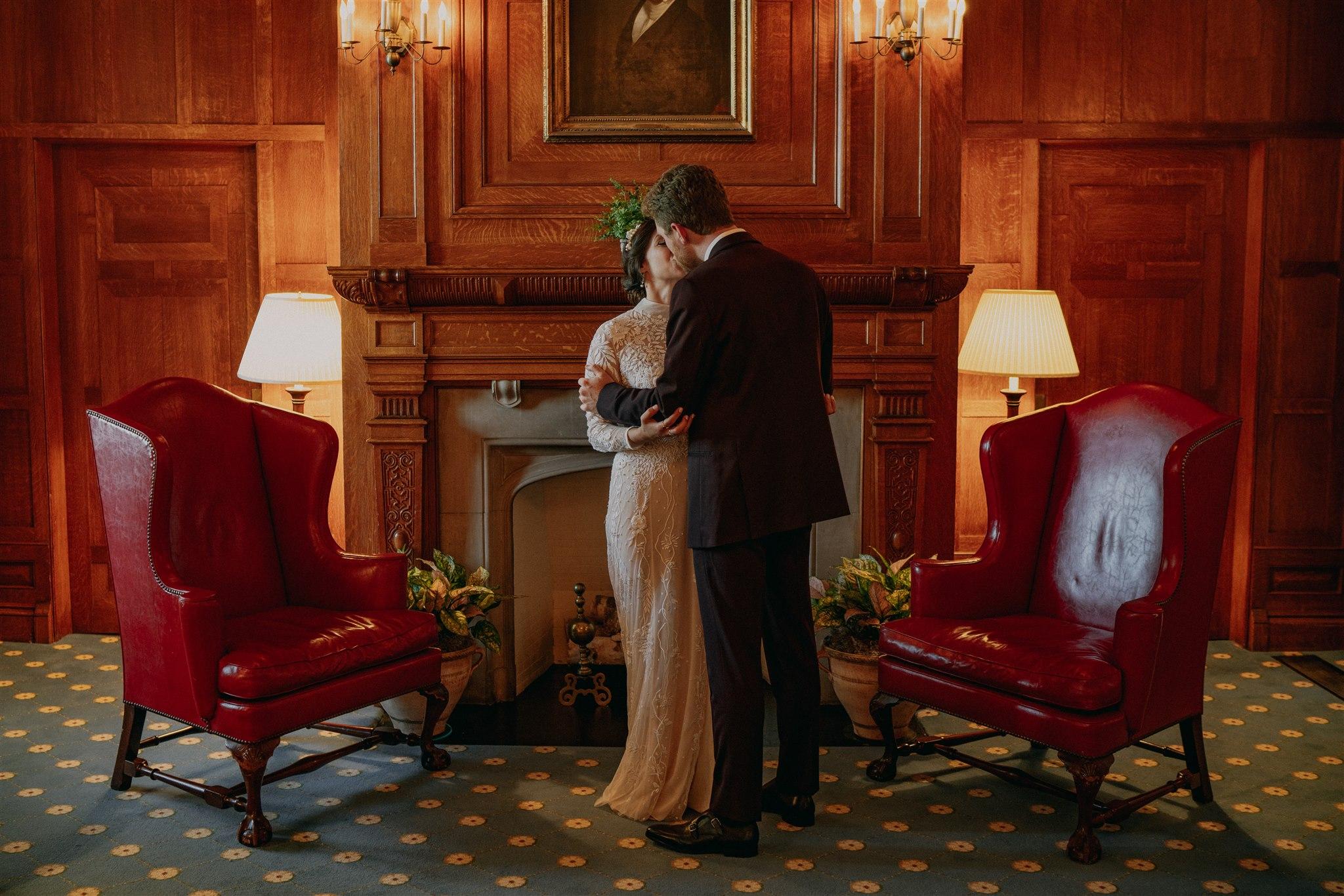Chellise_Michael_Photography_Hudson_Valley_Wedding_Photographer_Otesaga_Hotel-4014.jpg