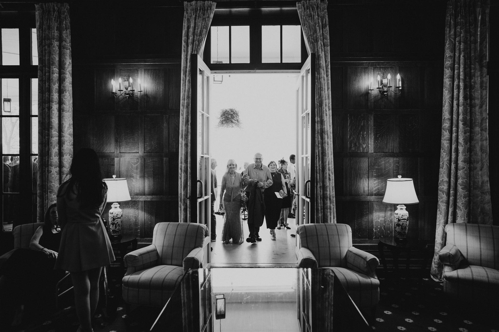 Chellise_Michael_Photography_Hudson_Valley_Wedding_Photographer_Otesaga_Hotel-4102.jpg