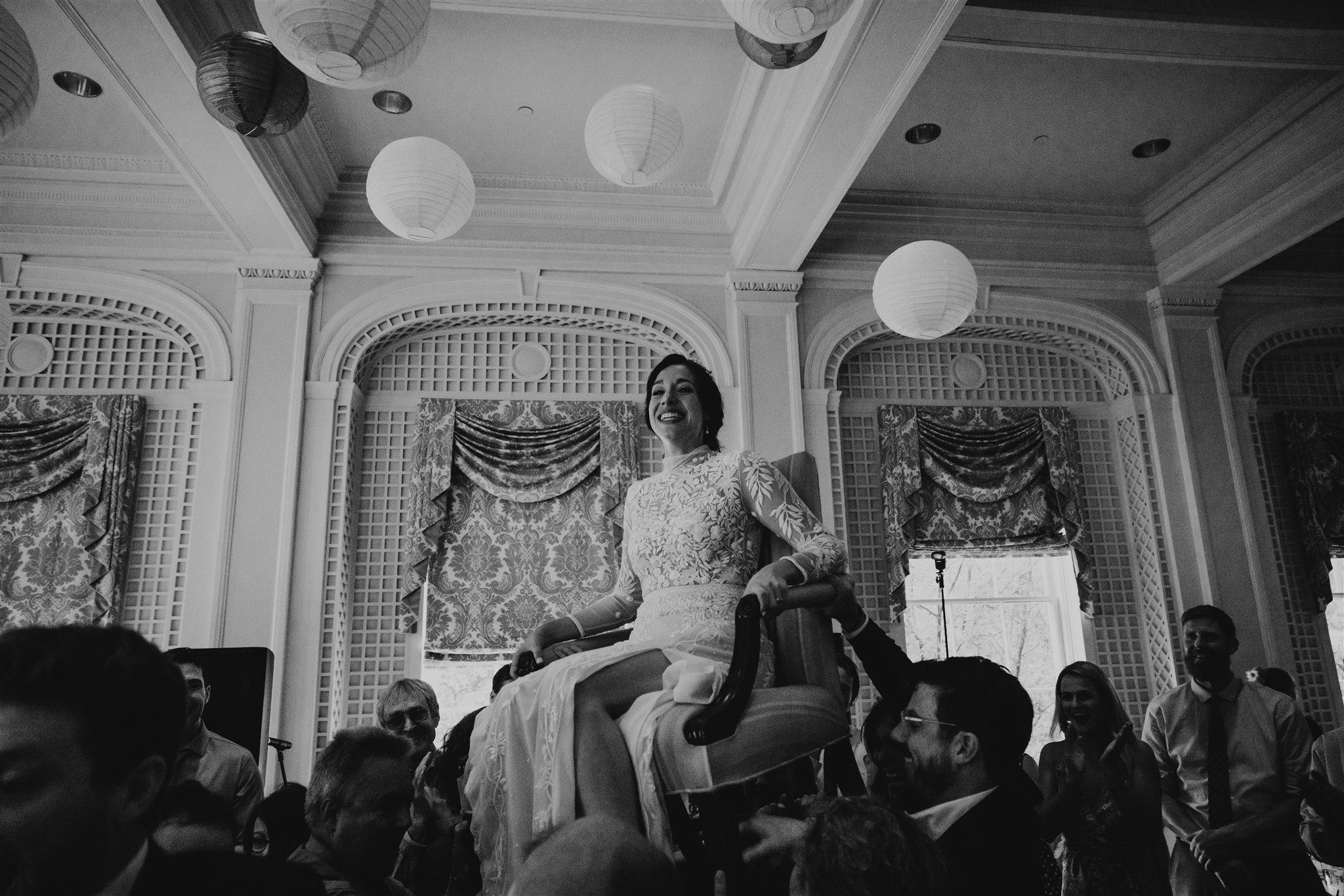 Chellise_Michael_Photography_Hudson_Valley_Wedding_Photographer_Otesaga_Hotel-6028.jpg
