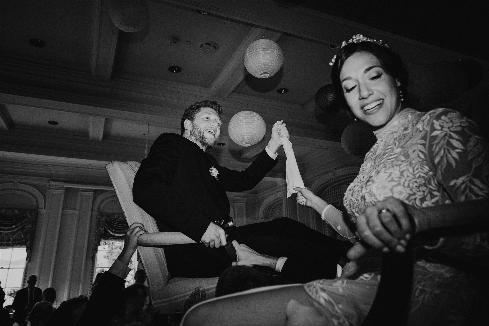 Chellise_Michael_Photography_Hudson_Valley_Wedding_Photographer_Otesaga_Hotel-6035.jpg