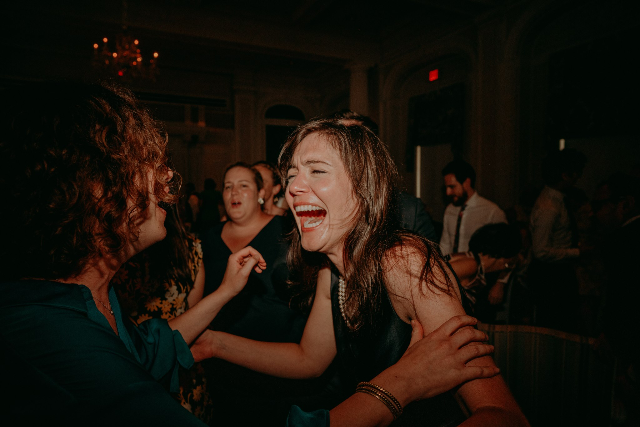 Chellise_Michael_Photography_Hudson_Valley_Wedding_Photographer_Otesaga_Hotel-6041.jpg