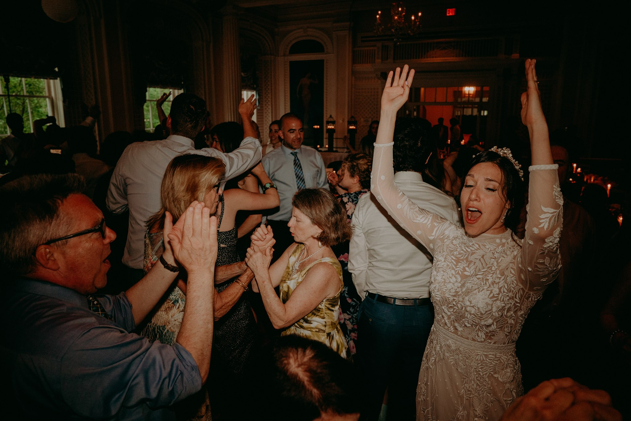 Chellise_Michael_Photography_Hudson_Valley_Wedding_Photographer_Otesaga_Hotel-6050.jpg