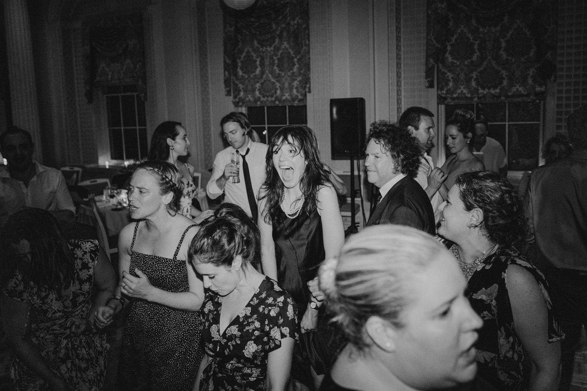 Chellise_Michael_Photography_Hudson_Valley_Wedding_Photographer_Otesaga_Hotel-6246.jpg