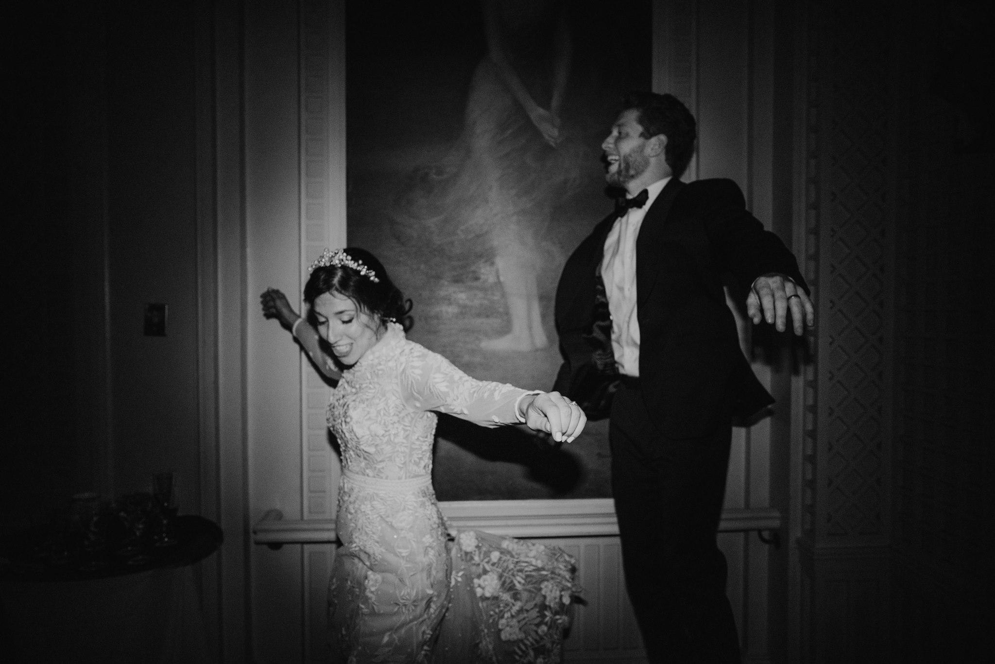 Chellise_Michael_Photography_Hudson_Valley_Wedding_Photographer_Otesaga_Hotel-6290.jpg