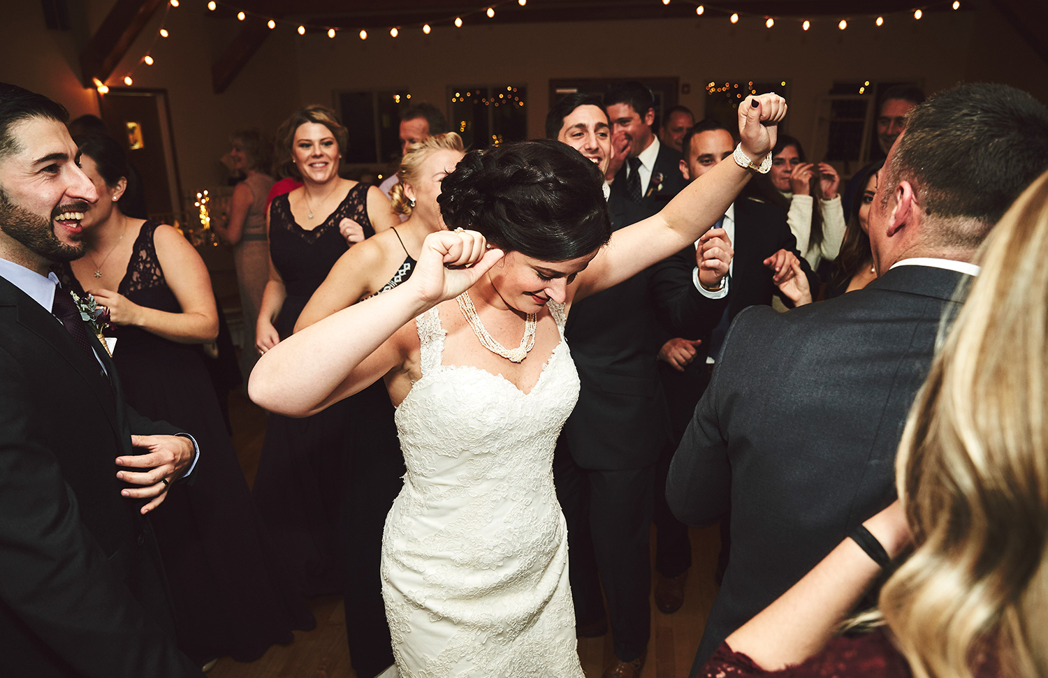 161119_ArrowParkLake&LodgeWedding_By_BriJohnsonWeddings_0143.jpg
