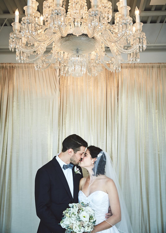 161029_TheLoadingDockWedding_CT_WeddingPhotography_By_BriJohnsonWeddings0009.jpg