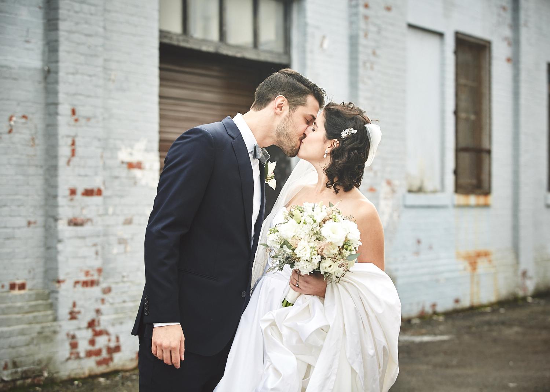 161029_TheLoadingDockWedding_CT_WeddingPhotography_By_BriJohnsonWeddings0023.jpg
